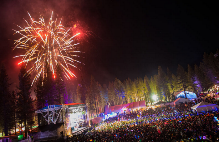 10 Best Ski Towns to Ring in the New Year