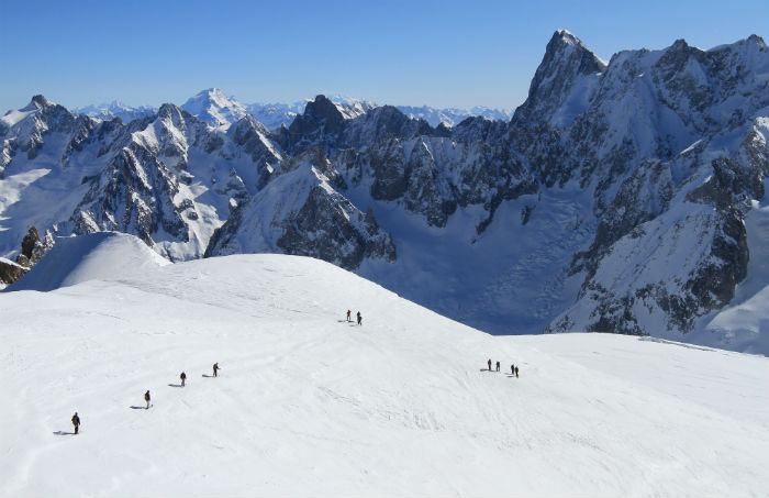 8 of the World's Most Famous Ski Runs